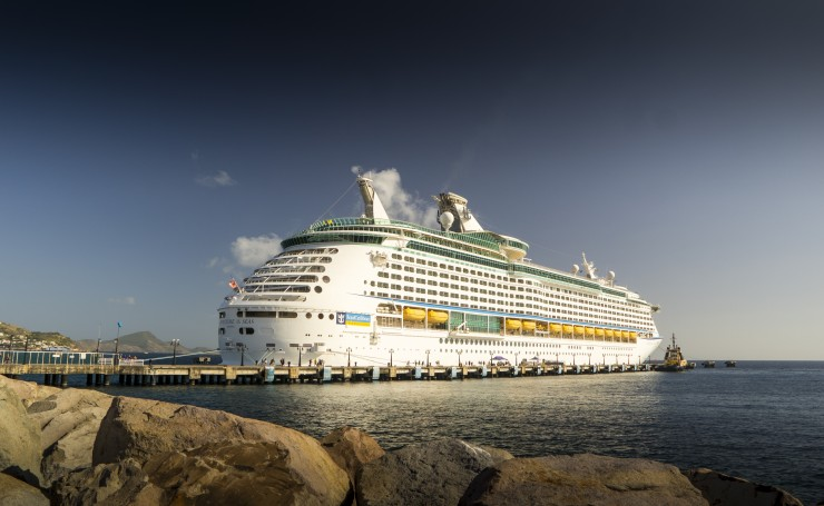 Круизное судно Adventure Of The Seas