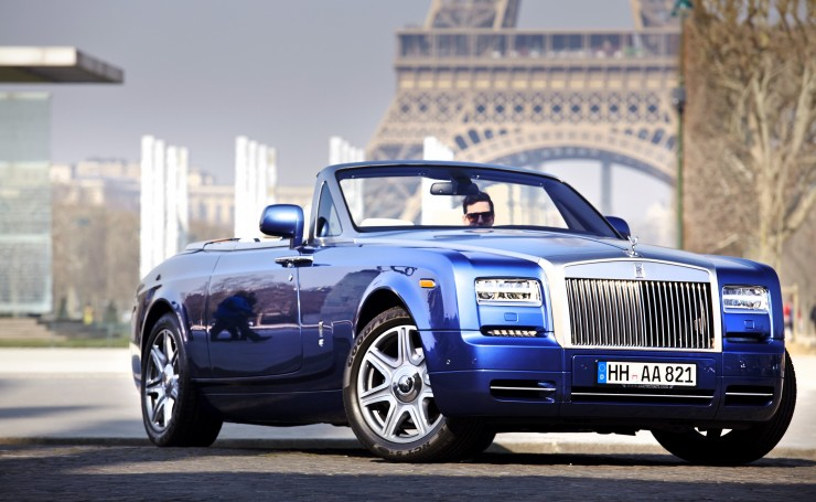 Синий Rolls Royce Phantom без верха