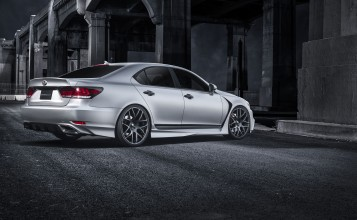 Lexus LS 460 F-Sport Five Axis