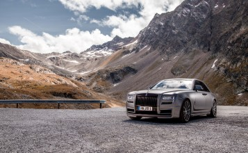 Rolls-Royce Ghost в горной местности