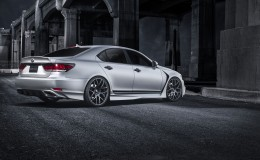 Обои Lexus LS 460 F-Sport Five Axis