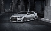 Lexus LS 460 Five Axis